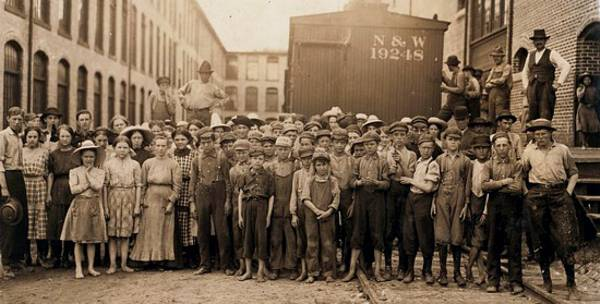 Workers at the Washington Mills. Fries, VA.